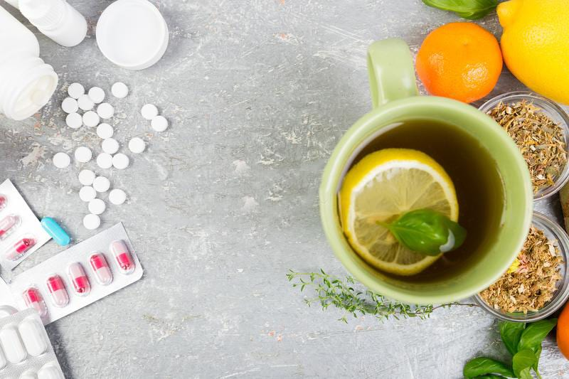 Herbal Remedies vs Conventional Medicine: What to opt for?